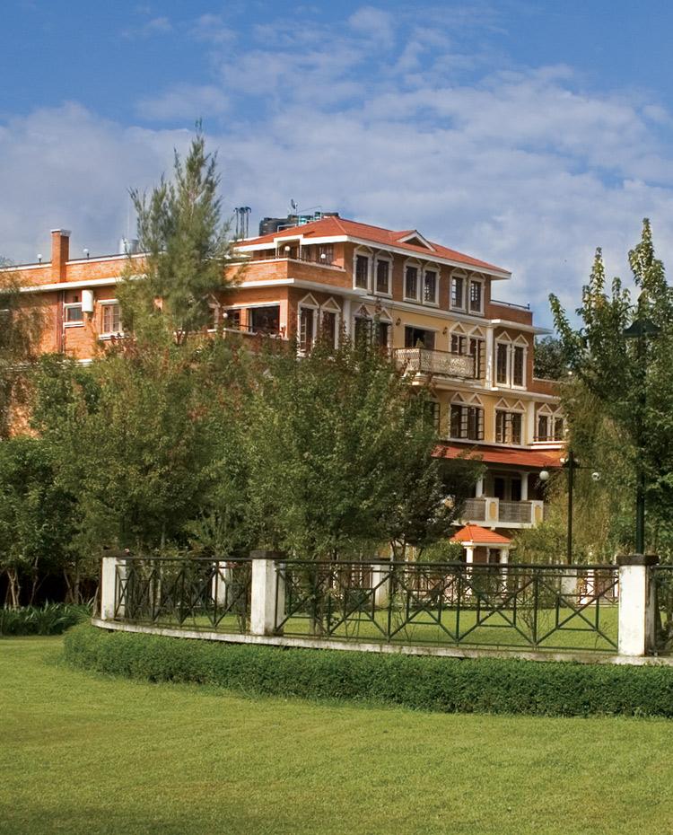 Hamilton Bay Apartments: Park Village Hotel & Resort